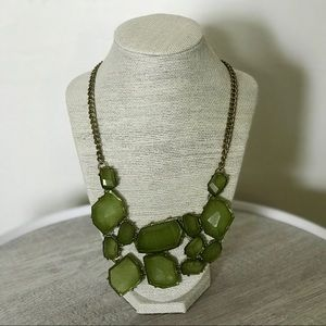 Jewelry - Green Jewel Gold Chain Collar Necklace